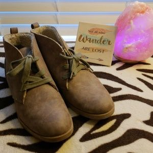 Indigo rd. ankle booties